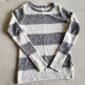 Abercrombie & Fitch knit striped crew neck sweater
